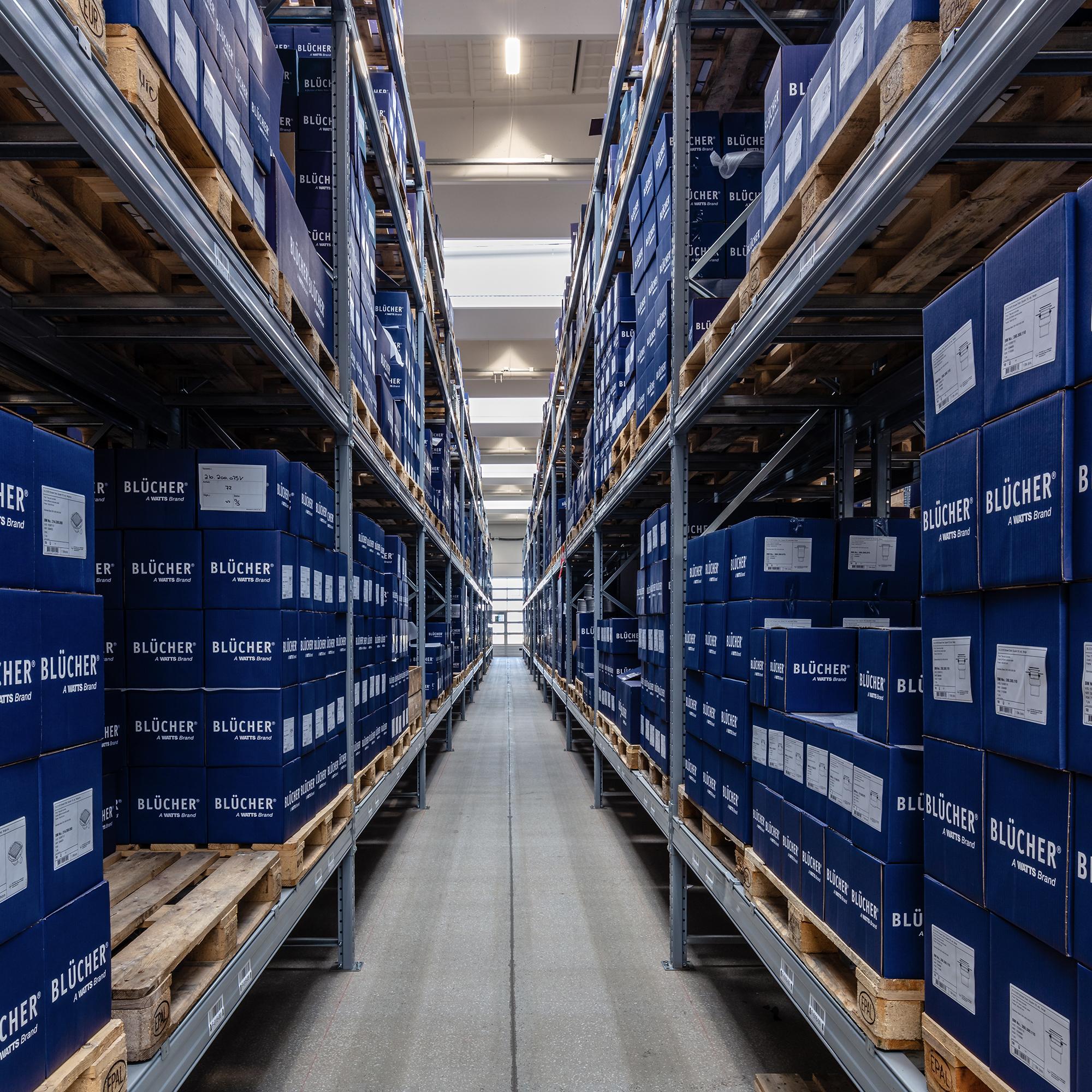 Leasing af pallereoler til lager og erhverv.