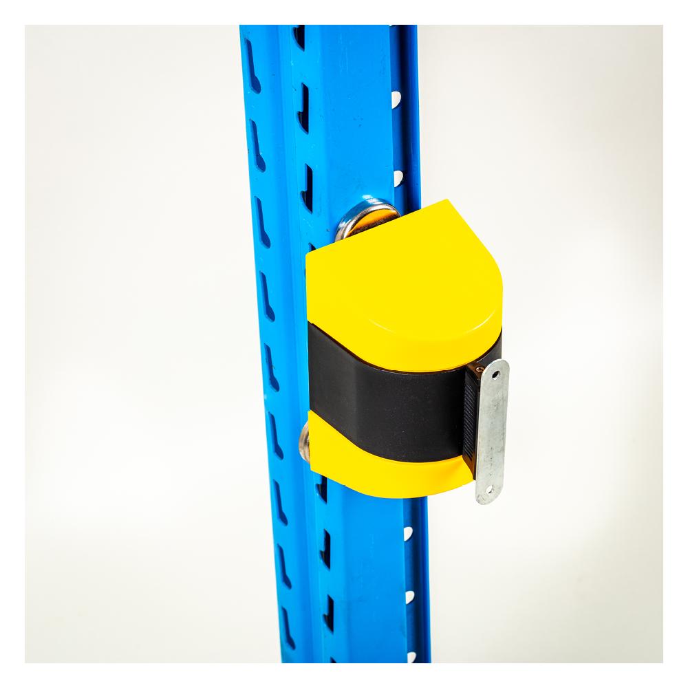 Pallereol tilbehør med afspærringsbånd gul sort med beslag til skruer.